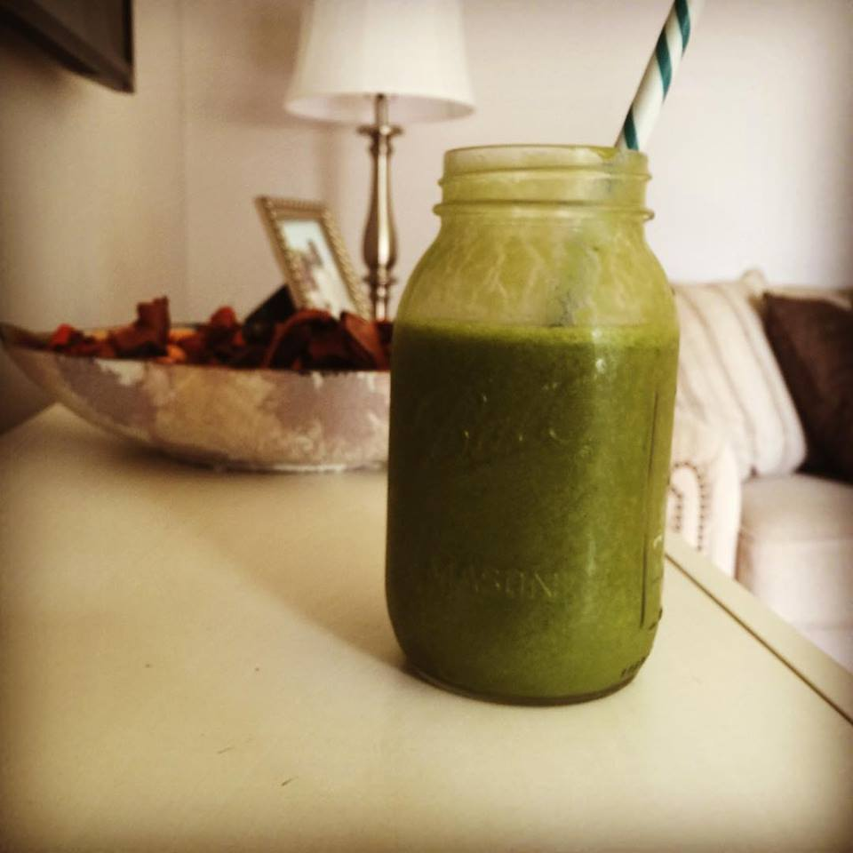 STRAW-BANA PEACH Green Smoothie